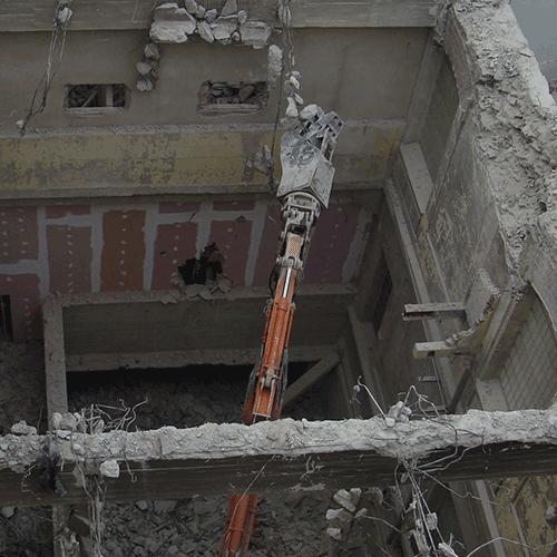 Coordinación de seguridad en fase de ejecución de renovación arquitectónica antigua fábrica tabacos