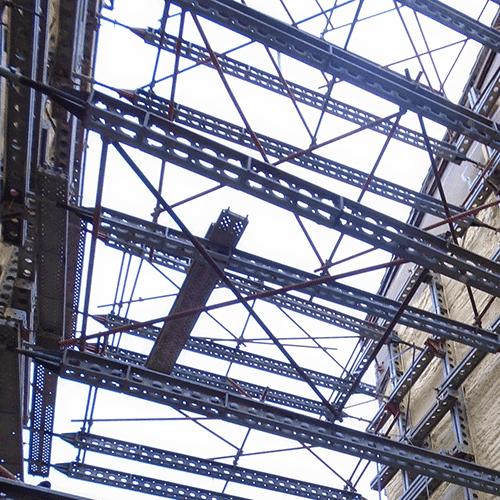 Coordinación de seguridad en fase de ejecución de derribo y reconstrucción de edificio. calle Diputación 6. Gasteiz