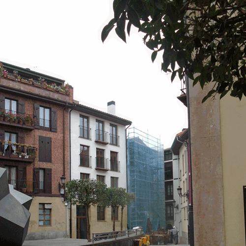 Coordinación de seguridad en fase de ejecución de derribo del edificio de viviendas situado en Goen Kale nº 2 del casco histórico. Goen Kale nº 2. Ordizia