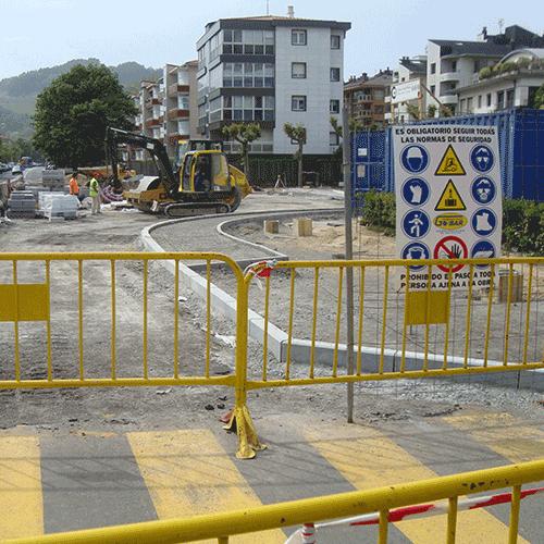 Coordinación de seguridad en fase de ejecución de la rotonda en el cruce entre las calles Lizardi y Jautarkol en la N-634 de Zarautz. Zarautz